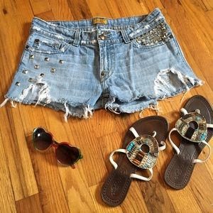 Pants - 🏖 Distressed denim studded shorts ☀️